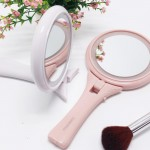 Fei color resistant LED handle makeup mirror Glowing beauty mirror 5 times magnification handheld hand with lamp Princess mirror